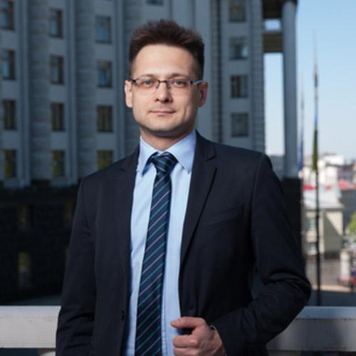 Дмитро Романович, економічний експерт